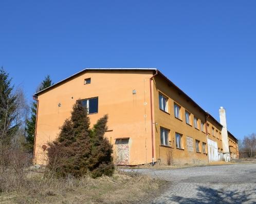 Výrobní hala se započatou rekonstrukcí, Hlubna Kunštát